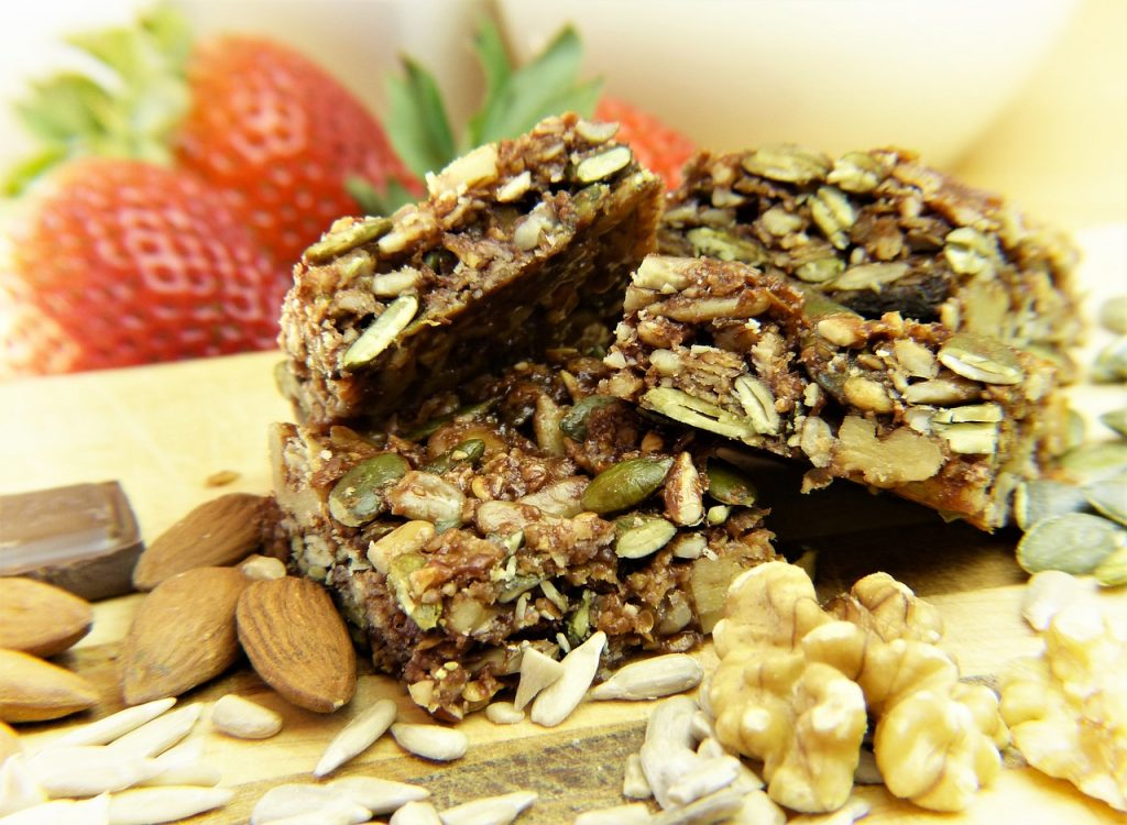 Granola bars are my go to golfing energy snack. They're quick cheap and perfect for snacks.